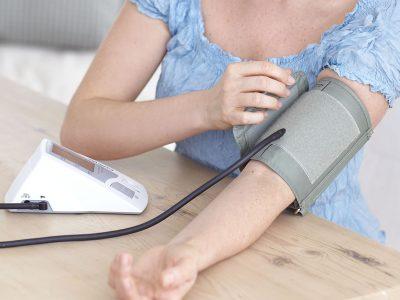 Hur mäter man blodtrycket?